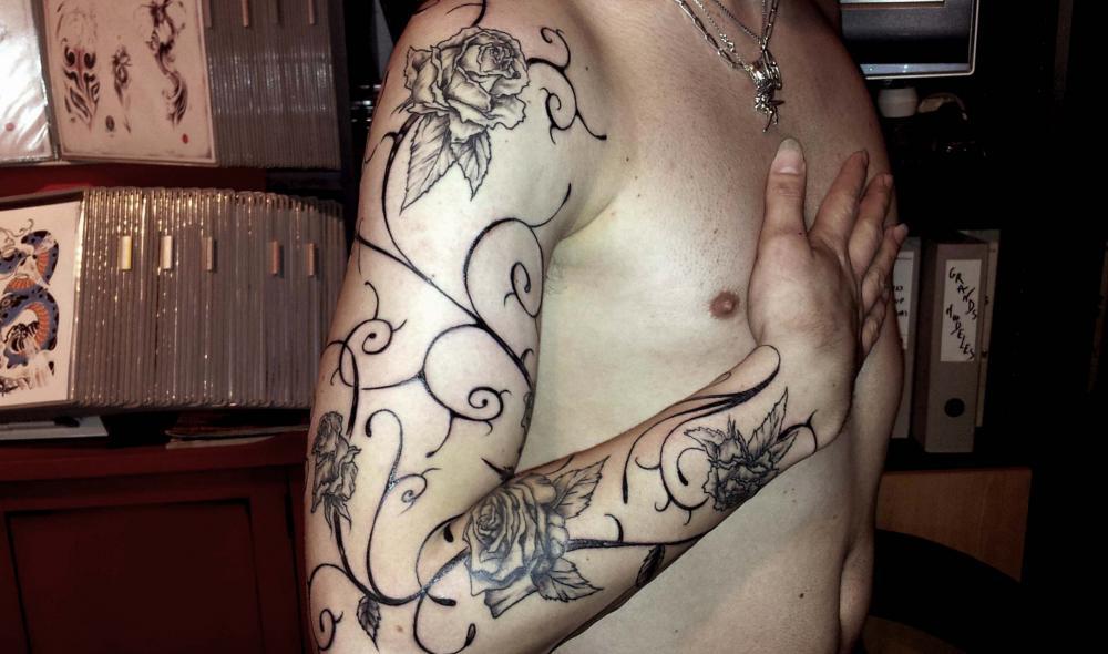 tattoo roses sur bras