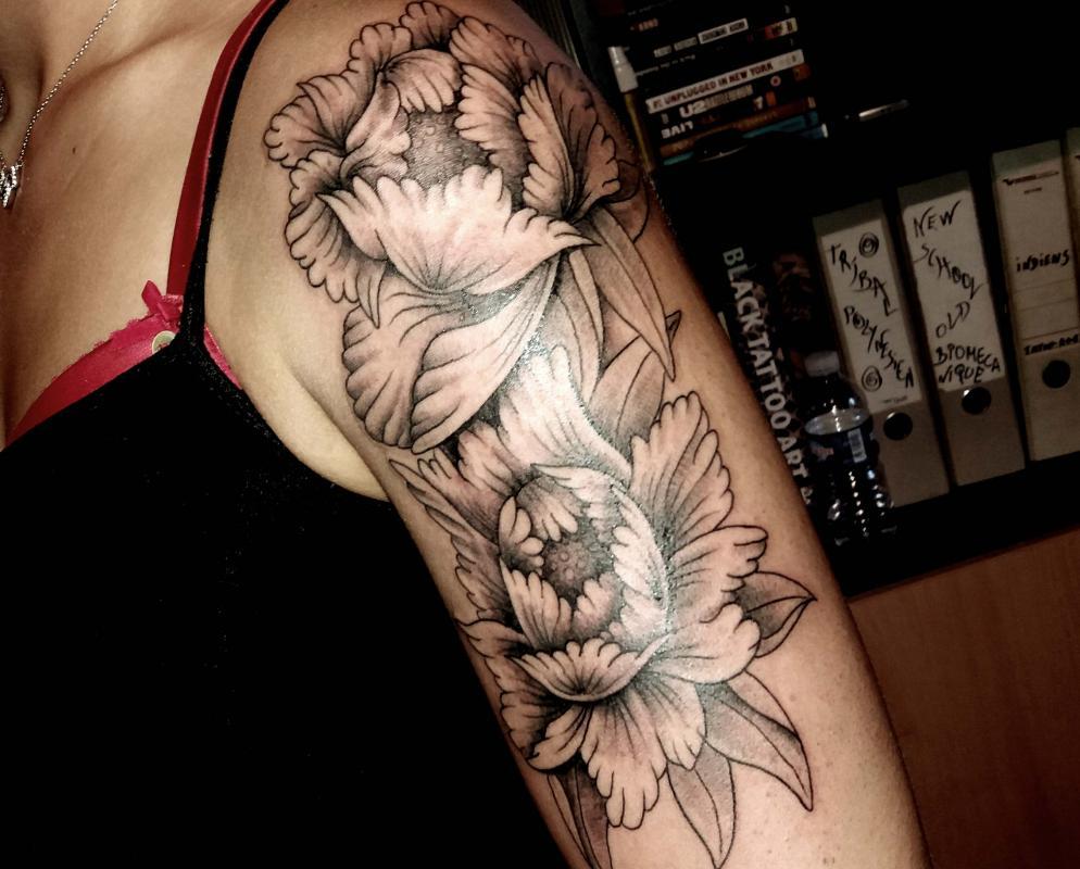 tattoo floral bras