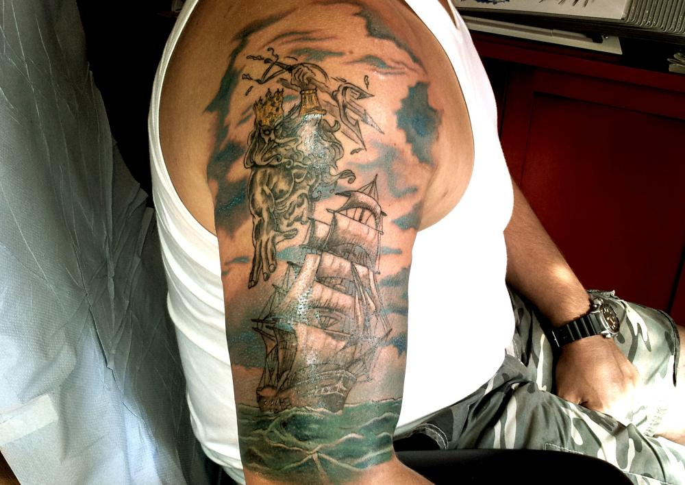 tattoo poseidon couleur