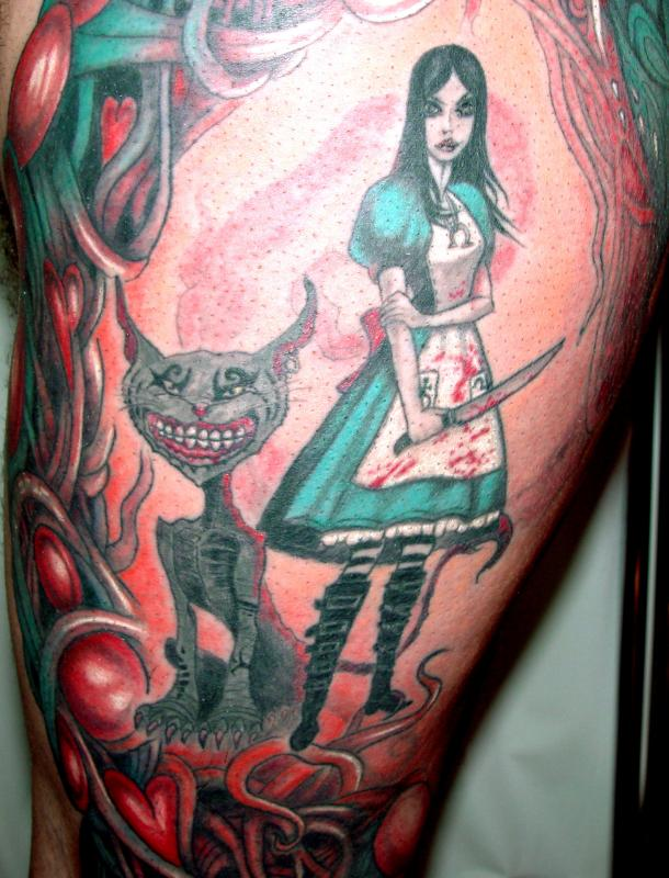 tattoo couleur sur jambe