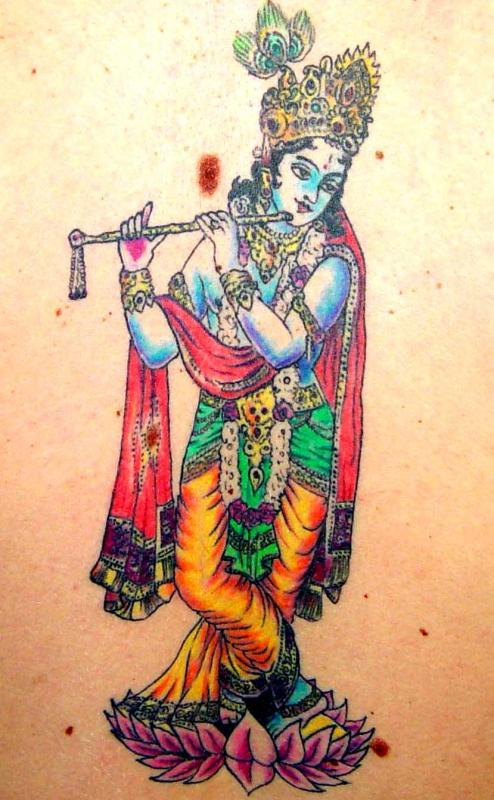 tattoo asiatique krishna couleur dans le dos